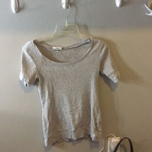 Tops - grey fitted shirt gently used !